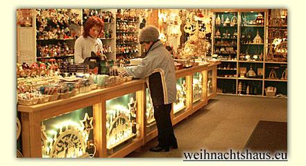 Weihnachtshaus Einkaufen in Seiffen