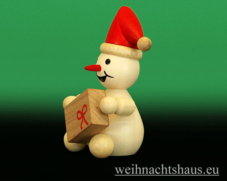 Seiffen Weihnachtshaus - .Kugelschneemann natur Junior mit Roter Mütze sitzend - Bild 2