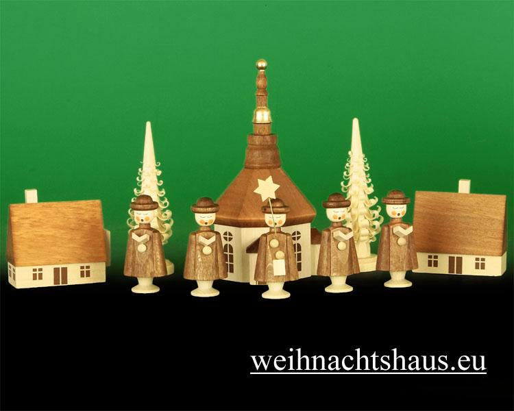 Sternsänger Erzgebirge Holz Kurrende Seiffener Kirche mit Kurrendenfiguren , Seiffen im Erzgebirge