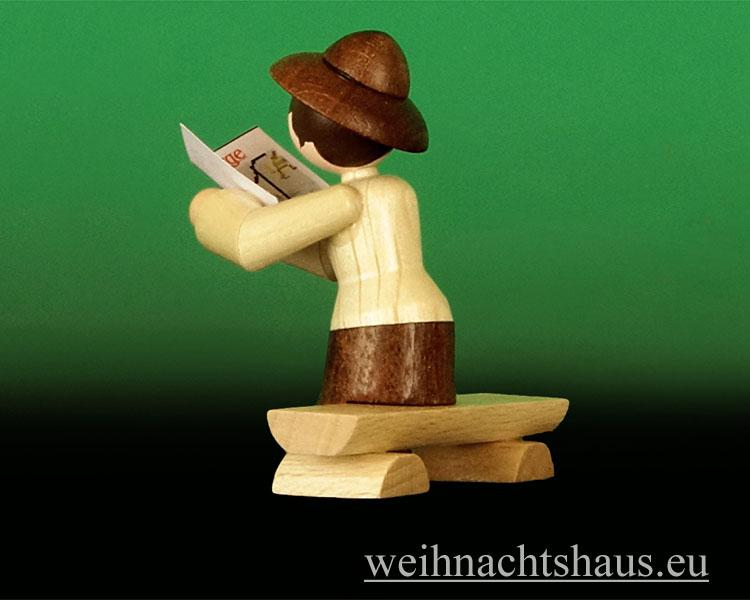 Seiffen Weihnachtshaus - Miniatur natur Wandersfrau auf Bank - Bild 2