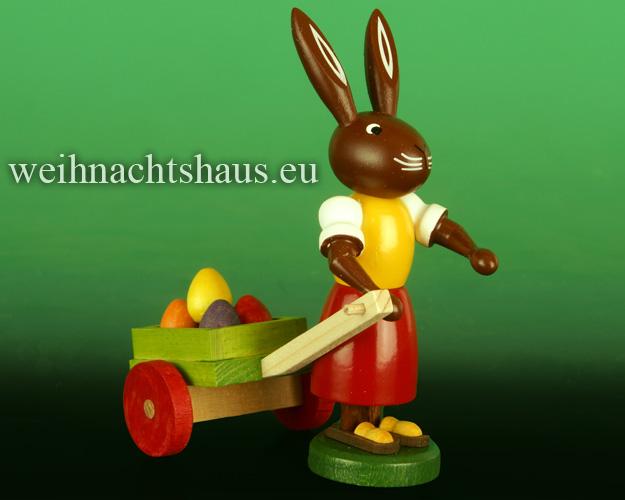 Seiffen Weihnachtshaus - Osterhase  10cm  mit Eierkarre Neu 2020 - Bild 1