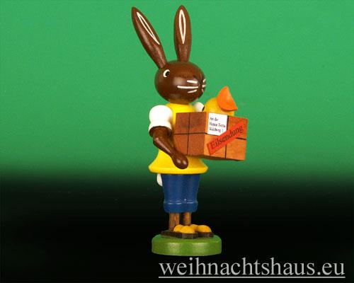 Osterhase Postbote Post Paket erzgebirgischer Hase Erzgebirge Osterpost Osterpaket Hasenpost