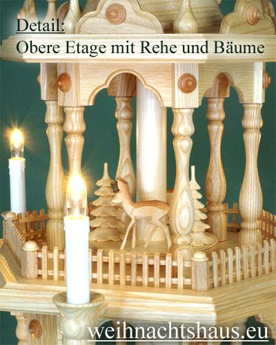 Seiffen Weihnachtshaus - 3 Stock Zaunpyramide 88 cm mit geschnitzten Waldfiguren - Bild 3