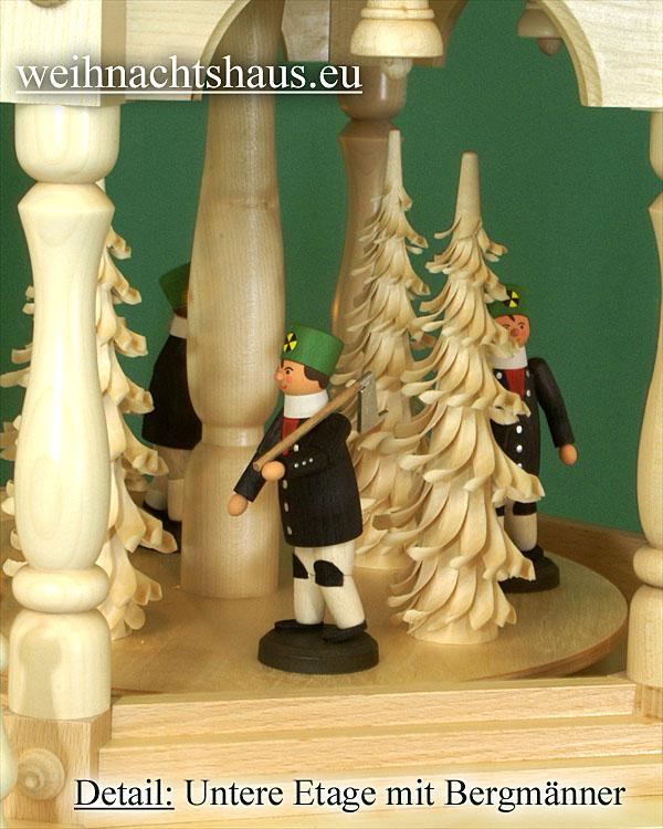 Seiffen Weihnachtshaus - 4 Stock Stufenpyramide 136 cm mit Erzgebirgsfiguren - Bild 2