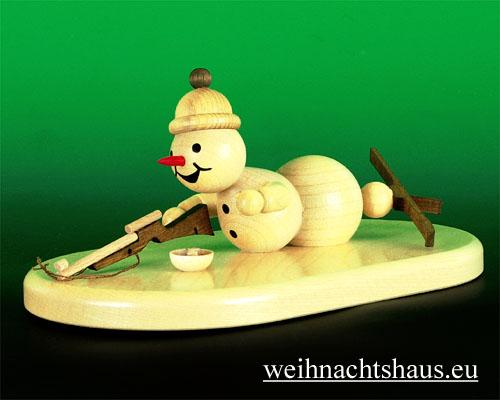Seiffen Weihnachtshaus - Kugelschneemann natur Biathlet liegend - Bild 1