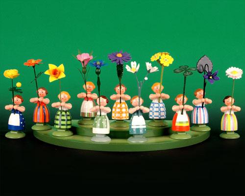 Seiffen Weihnachtshaus - Wiesenblumenkind 11cm Vergißmeinnicht - Bild 3