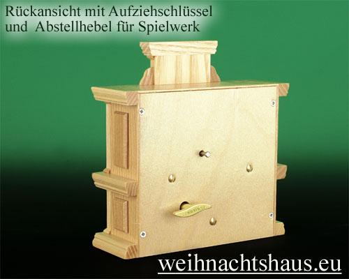 Seiffen Weihnachtshaus - Kurzrockengel natur Orgel mit Spielwerk - Bild 3