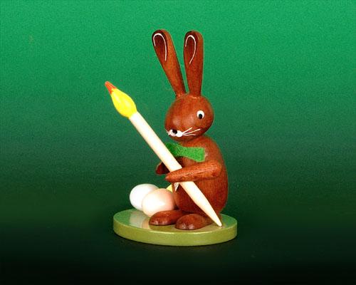 Seiffen Weihnachtshaus - Hase auf Sockel mit Pinsel - Bild 1